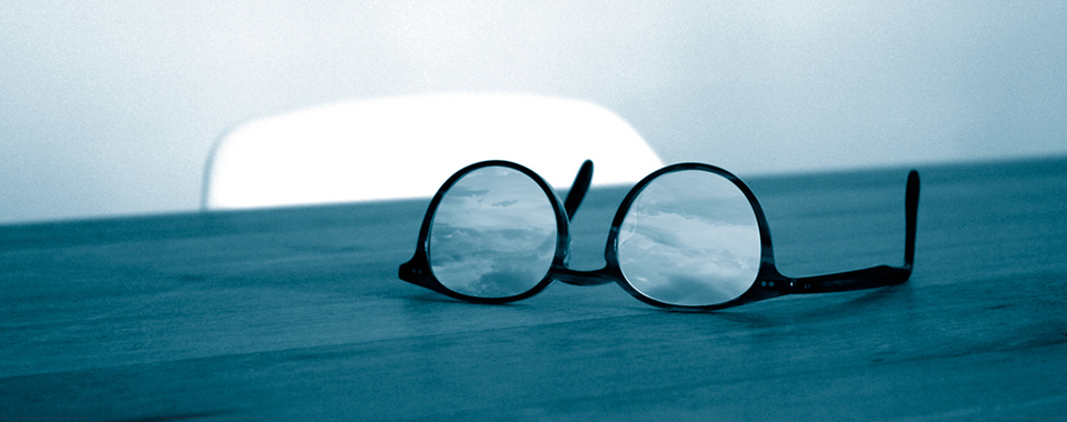 Glasses-sky_960x380